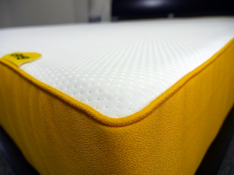 eve mattress cover sleepopolis uk. Black Bedroom Furniture Sets. Home Design Ideas
