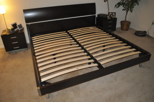 Example of a bed frame with slats (US Eastern King)