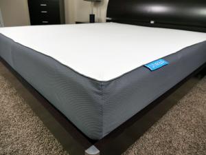 Close up shot of the Simba mattress cover